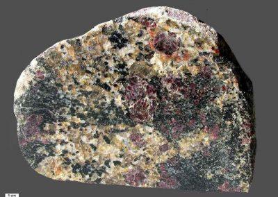 7. Granaat-Cordieriet-Paragneis. Omg. Klein Waabs. D