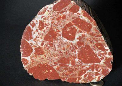 1. Breccie. Textonisch. Zwerfsteen Zweden. Een met foto 8 vergelijkbare steen.
